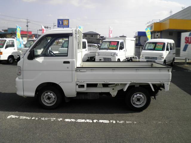 スペシャル 切替式4WD 5速マニュアル ゴムマット(10枚目)
