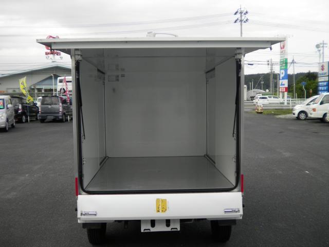 保冷車 4WD パワステ エアコン エアバック(11枚目)