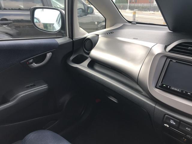 ホンダ フィット 1.3 G ナビ 5AT ETC 4WD