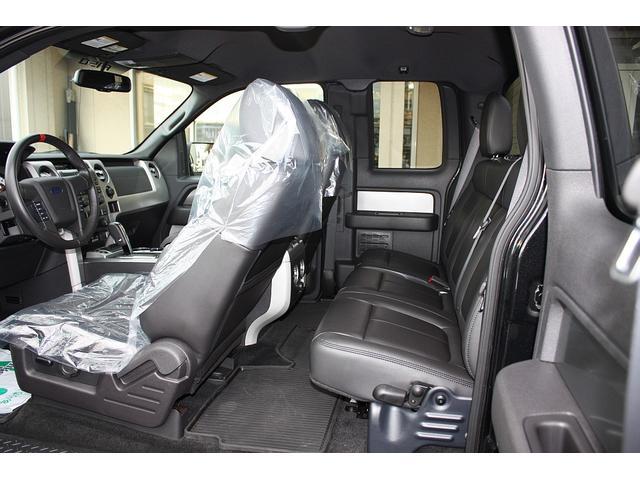STVラプター スーパーキャブ 4WD 黒革シート 新並(9枚目)