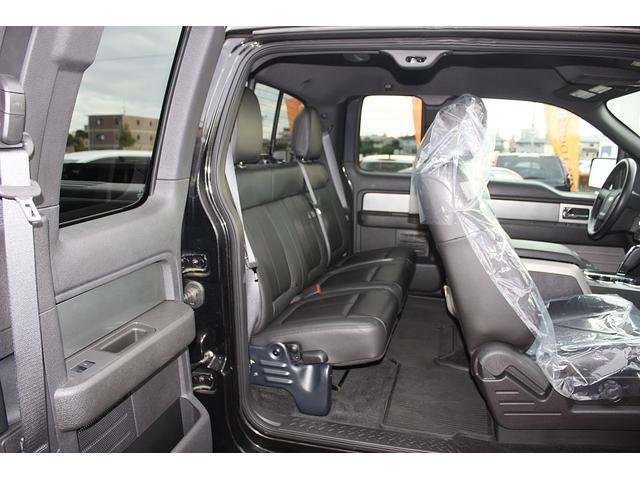 STVラプター スーパーキャブ 4WD 黒革シート 新並(10枚目)