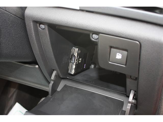 クーペ 407 右ハンドル HDDナビ 黒革シート 禁煙車(7枚目)