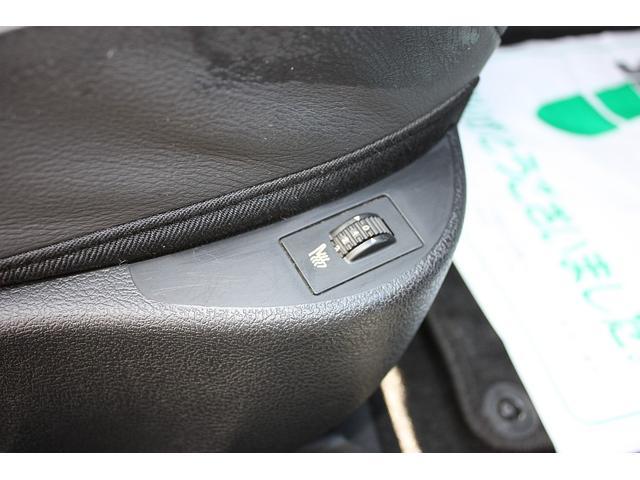 クーペ 407 右ハンドル HDDナビ 黒革シート 禁煙車(11枚目)