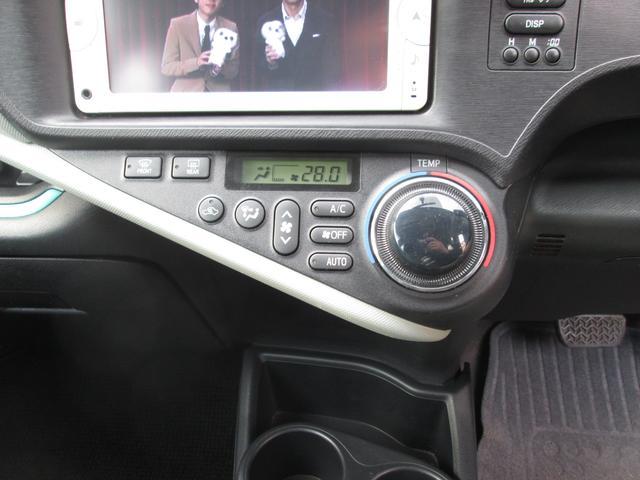 トヨタ アクア S SDナビ 地デジTV キーレス