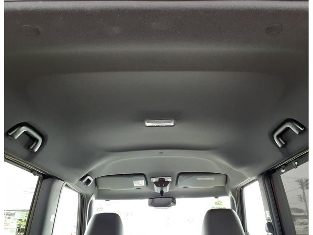 カスタムXセレクション 4WD・両側電動スライドドア・シートヒーター(12枚目)