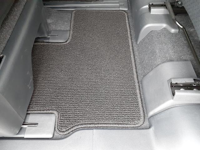 カスタムXセレクション 4WD・両側電動スライドドア・シートヒーター(39枚目)