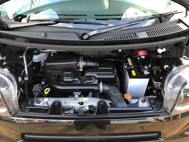 Xセレクション 4WD・LEDヘッドランプ・バックカメラ・両側スライドドア(片側電動)・ホイールキャップ・ベンチシート・キーフリー(17枚目)