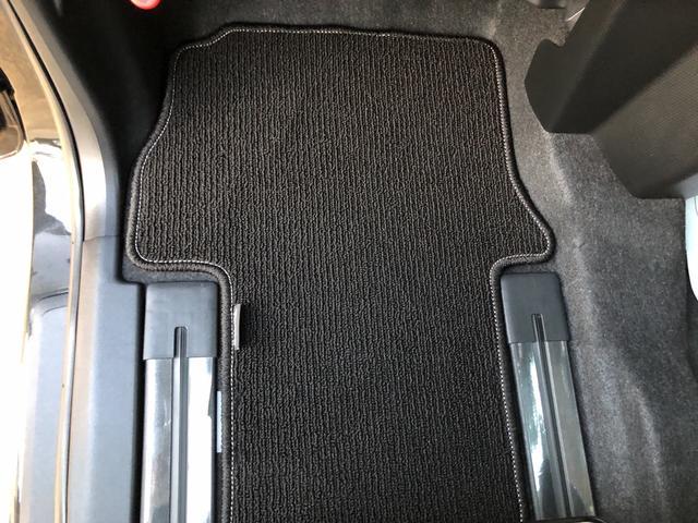 Xセレクション 4WD・LEDヘッドランプ・バックカメラ・両側スライドドア(片側電動)・ホイールキャップ・ベンチシート・キーフリー(40枚目)