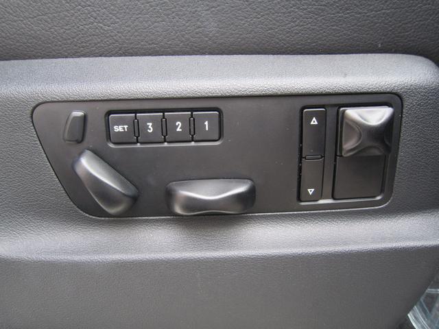 ポルシェ ポルシェ カイエン ターボ 4WD 左ハンドル ブラックレザー