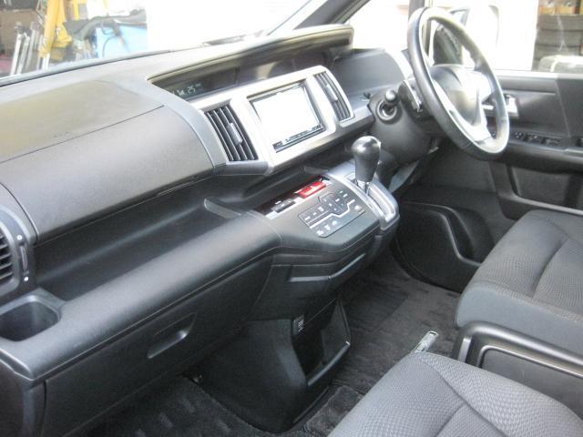 Z 後期モデル 社外ナビTV 両側電動ドア 1オーナー車(16枚目)