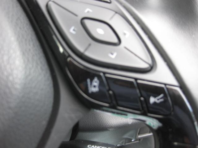 「トヨタ」「C-HR」「SUV・クロカン」「宮城県」の中古車17
