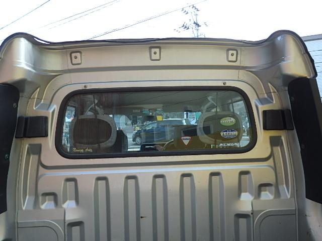 ダイハツ ハイゼットカーゴ デッキバン 4WD 5速マニュアル 両側スライドドア