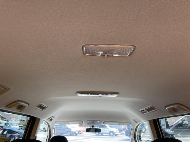 ZS 4WD パナソニックストラーダメモリーナビ フルセグTV バックカメラ CD DVD再生可 Bluetooth接続 スマートキー 純正16インチアルミ 左側電動スライドドア ETC 7人乗り(14枚目)