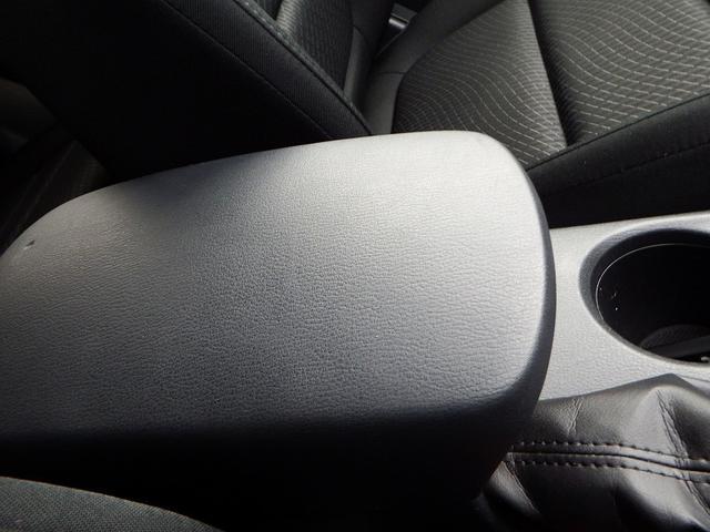 バックカメラ ETC 4WD フリップダウンモニター ナビ TV(18枚目)