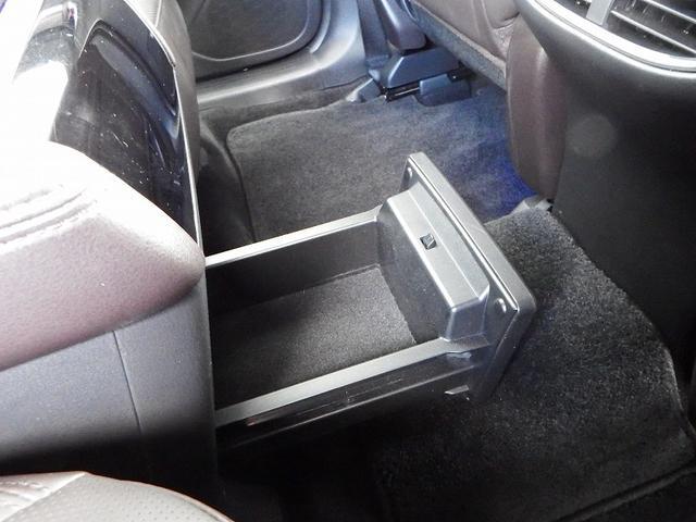 XD Lパッケージ 6人乗り 4WD ディーゼル BOSE 360°ビューモニター(24枚目)