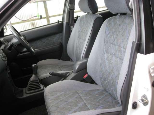 トヨタ スプリンターカリブ Sツーリングリミテッド 4WD 5速マニュアル