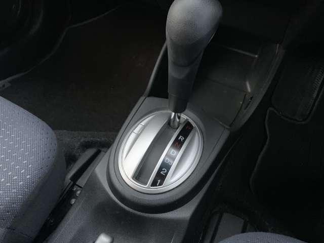 G ハイウェイエディション 4WD 純正CD AUX(15枚目)