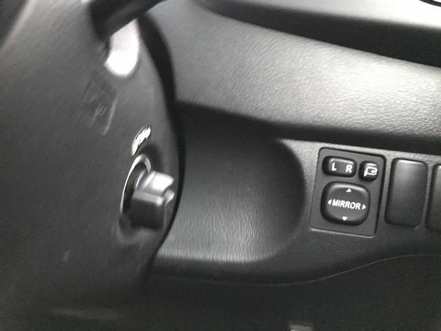 Z Qバージョン 4WD 純正HDDナビ スマートキー(13枚目)