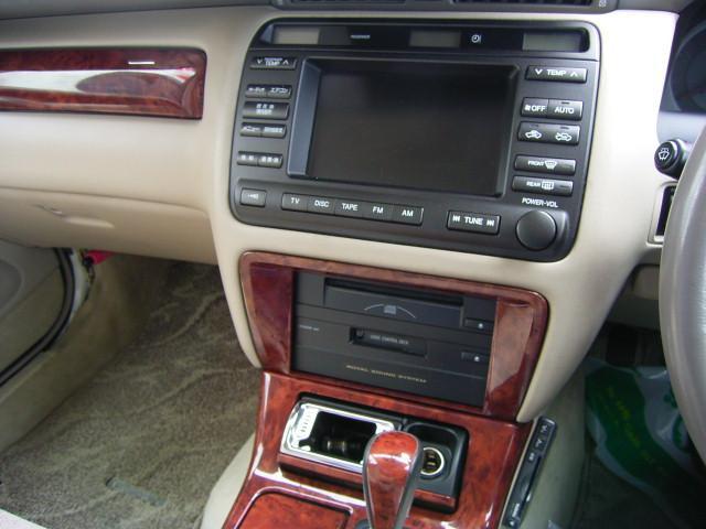 トヨタ クラウン アスリートFour 4WD