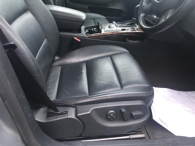 3.2FSI 4WD ナビ バックカメラ 革シート AW HID ETC 5名乗り SUV クルコン スマートキー パワーシート(14枚目)
