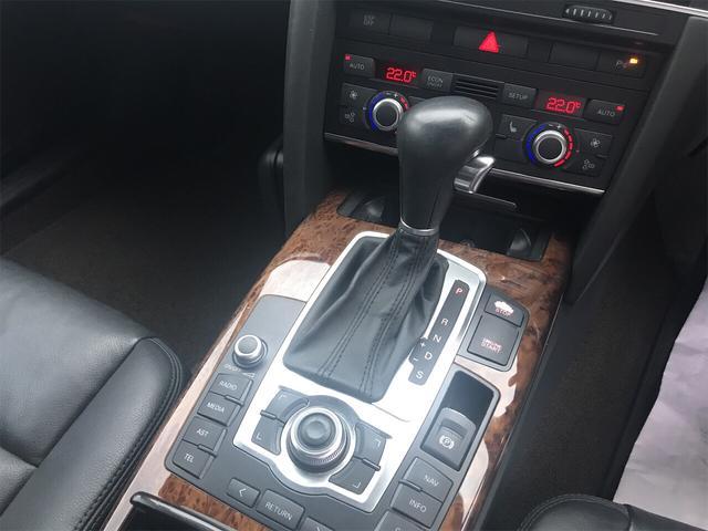 3.2FSI 4WD ナビ バックカメラ 革シート AW HID ETC 5名乗り SUV クルコン スマートキー パワーシート(20枚目)