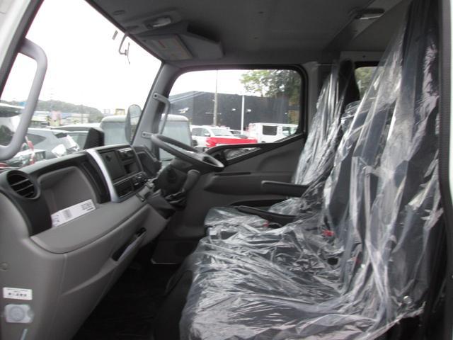 Wキャブ全低床 衝突軽減安全ブレーキ・車両安定制御装置(ESP)・車線逸脱警報装置・Bluetooth対応オーディオ・ETC(19枚目)