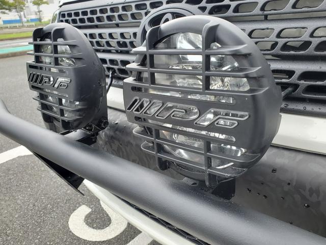 DXコンフォートパッケージ CARSTYLE.Sオリジナルバンパー IPFフォグランプ ナビTV付 リフトアップ 新品マッドタイヤ 新品スーリーキャリア ラプターライナー施工車 カーラッピング施工車 4WD(7枚目)