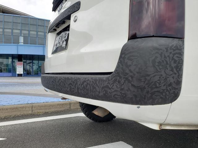 DXコンフォートパッケージ CARSTYLE.Sオリジナルバンパー IPFフォグランプ ナビTV付 リフトアップ 新品マッドタイヤ 新品スーリーキャリア ラプターライナー施工車 カーラッピング施工車 4WD(19枚目)
