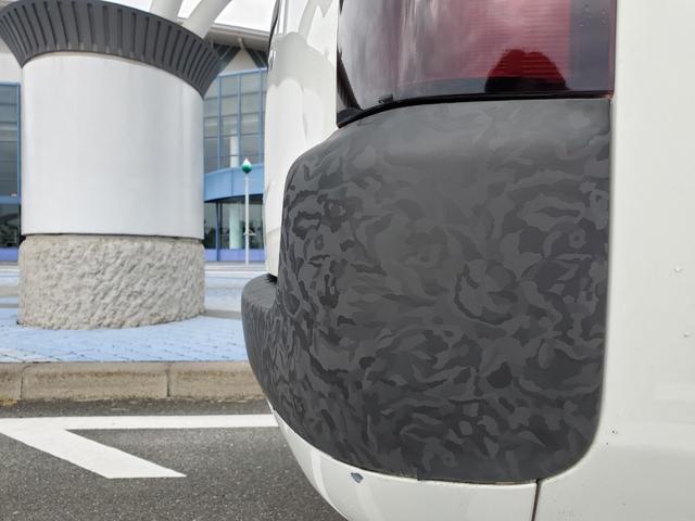 DXコンフォートパッケージ CARSTYLE.Sオリジナルバンパー IPFフォグランプ ナビTV付 リフトアップ 新品マッドタイヤ 新品スーリーキャリア ラプターライナー施工車 カーラッピング施工車 4WD(22枚目)