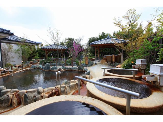 歴史とロマンに綴られた町に湧き出た一本の良質な温泉。その歴史とロマンにちなみ「群馬 高崎 京ヶ島天然温泉」と名付けました