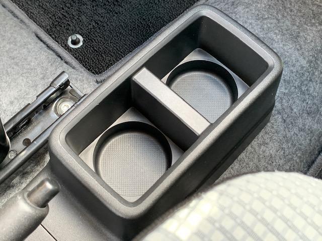 L レーダーブレーキサポート キーレス アイドリングストップ 横滑り防止 AUX端子付き純正CDオーディオ シートヒーター ETC 純正ドアバイザー フロアマット 盗難防止センサー エアバッグ ABS(21枚目)