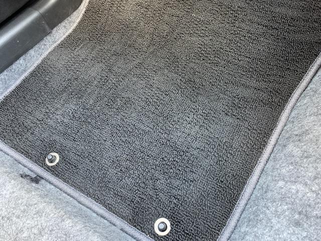 L レーダーブレーキサポート キーレス アイドリングストップ 横滑り防止 AUX端子付き純正CDオーディオ シートヒーター ETC 純正ドアバイザー フロアマット 盗難防止センサー エアバッグ ABS(27枚目)