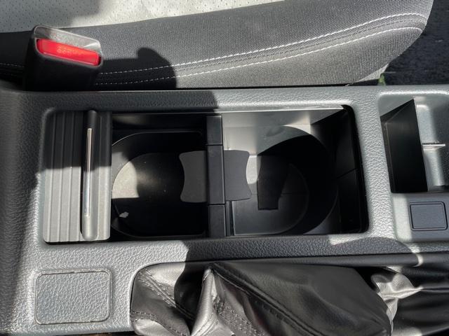 2.0i-L アイサイト ETC バックカメラ キーフリー プッシュスタート 4WD(24枚目)
