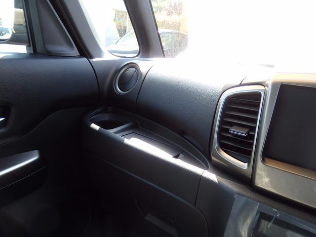 スズキ スペーシアカスタムZ ターボ 4WD 届出済未使用車 左側電動スライドドア