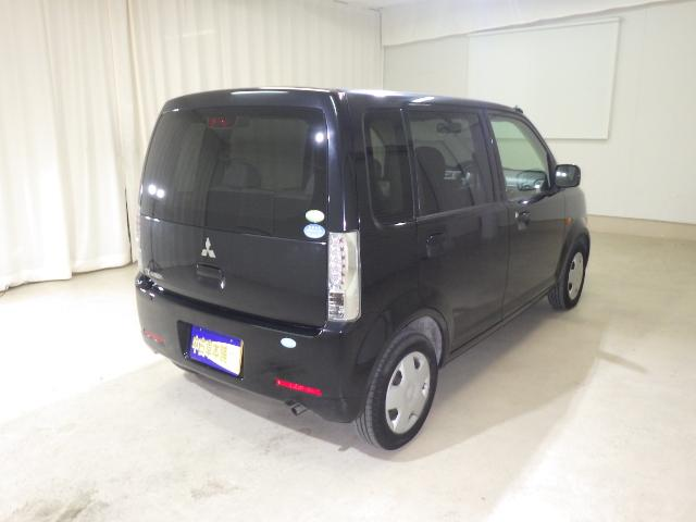 三菱 eKワゴン M 新品Pナビ地デジ Wエアバック キーレス ベンチシート