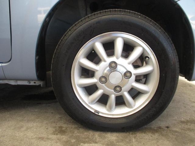 X 4WD シート・ミラーヒーター ETC 純正13インチアルミホイール 純正CD・MD キーレス(30枚目)