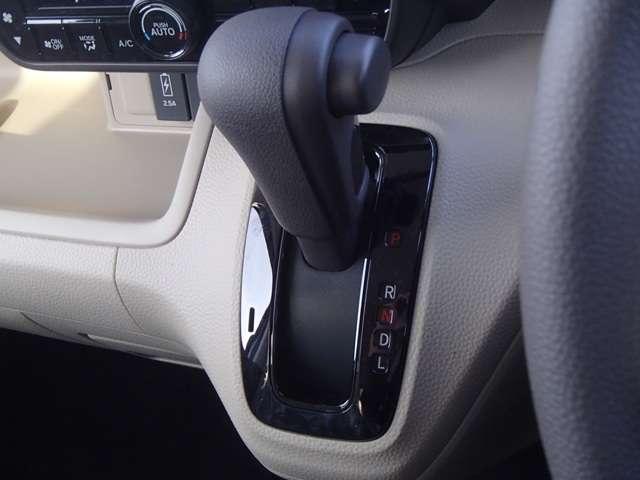 G・Lホンダセンシング 届出済未使用車 片側電動スライドドア(11枚目)