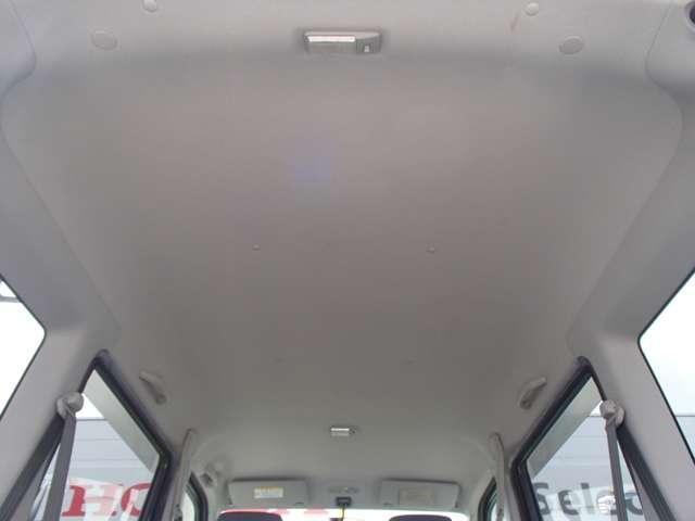 Lローダウン 車検整備付き ABS マニュアルエアコン 2列目フルフラット パワーステアリング パワーウィンドウ キーレス CDオーディオ 運転席/助手席エアバック(17枚目)