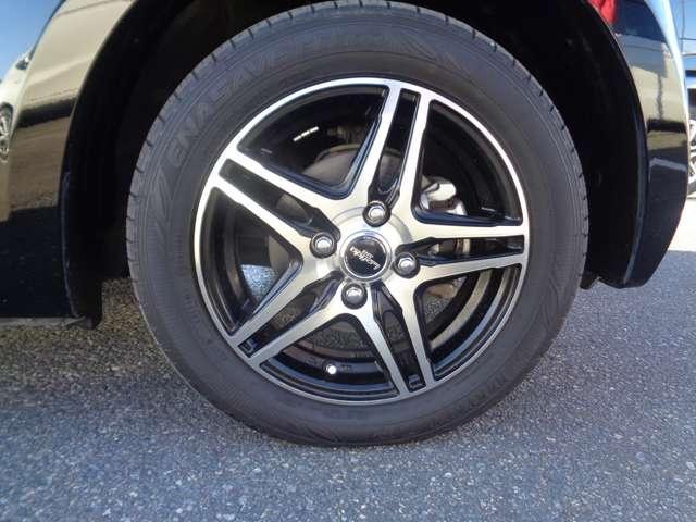 G・ターボLインテリアカラーパッケージ ニューヨークダークスタイル 衝突軽減ブレーキ ETC HIDヘッドライト 360度スーパーUV IRカットUVカットパッケージ オートリトラミラー 運転席助手席シートヒーター スタッドレスタイヤ(18枚目)