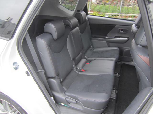 トヨタ プリウスアルファ G チューン ブラック 1オーナー 純8型SDナビ Bモニタ