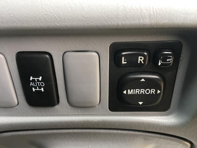 トヨタ エスティマT アエラス 4WD DVDナビ