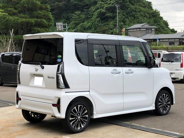 カスタムRS 4WD 9型ナビ パノラマP 届出済未使用車(5枚目)
