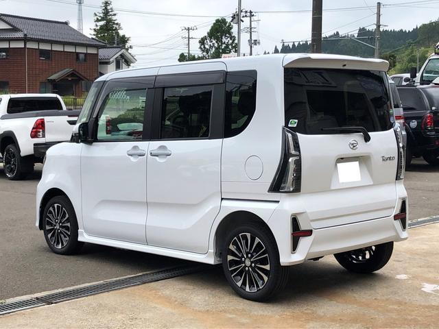 カスタムRS 4WD 9型ナビ パノラマP 届出済未使用車(7枚目)