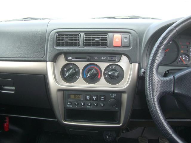 SDX 4WD エアコン パワステ キーレス 5速MT(15枚目)