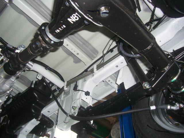 KC 4WD エアコン パワステ 3方開 5速MT(19枚目)