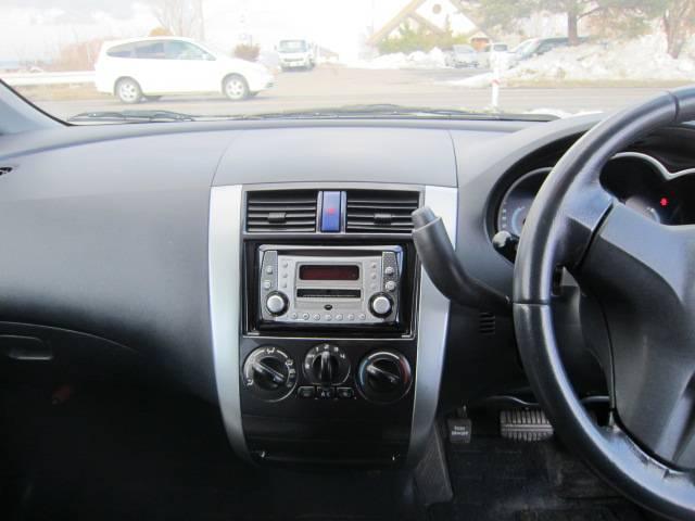 三菱 コルト カジュアルレベル 4WD