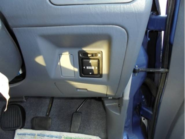 トヨタ ライトエースノア フィールドツアラー 4WD