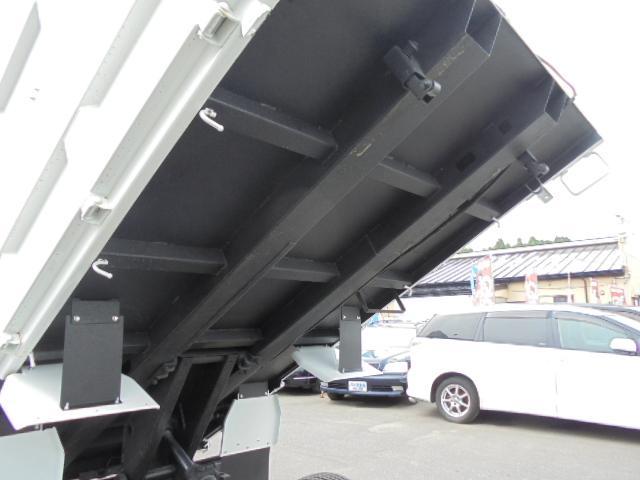 三菱ふそう キャンター 深ダンプ 4WD