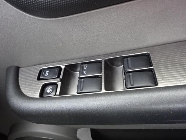 日産 エクストレイル X 4WD