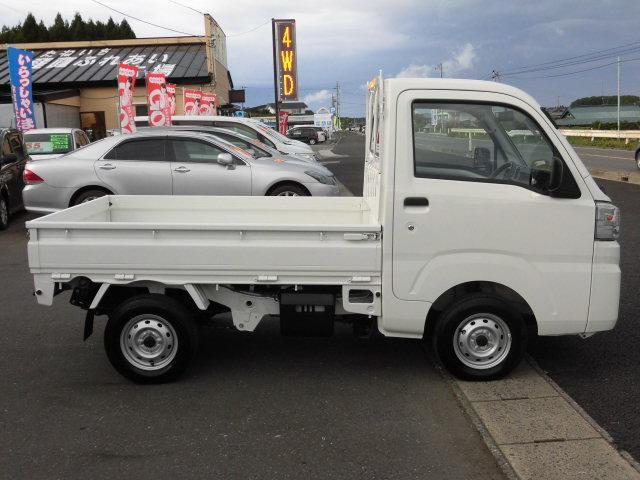ダイハツ ハイゼットトラック スタンダード パワステ エアコン エアバック 4WD
